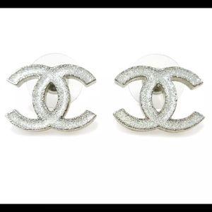 CHANEL 'CC' Silver Glitter White Earrings